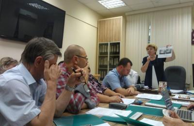 Депутаты обсудили проект перевода жилого помещения в нежилое