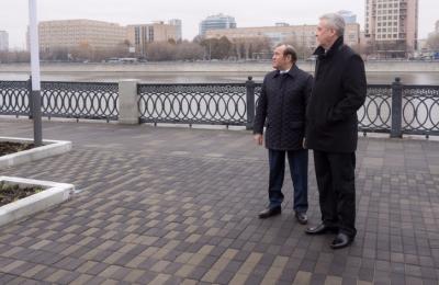 Сергей Собянин рассказал о завершении реконструкции сквера возле Новодевичьего монастыря