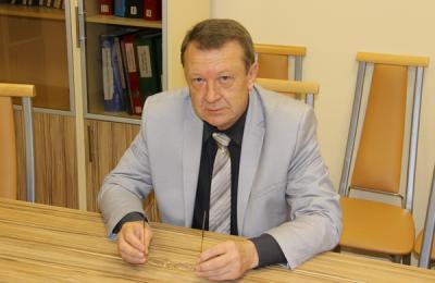 Депутат муниципального округа Донской Владимир Милькин