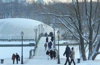 """Парк """"Царицыно"""" в ЮАО стал одним из самых посещаемых в Москве"""