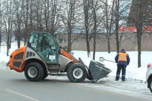 В Москве продолжаются исследования борьбы с зимними стихиями