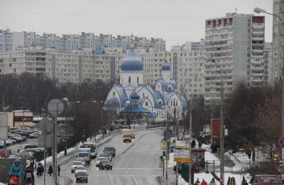 Храм Покрова Пресвятой Богородицы в районе Орехово-Борисово Южное