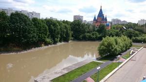 На фото Большой Чертановский пруд на Балаклавском проспекте