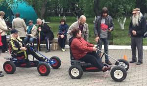 Жители ЮАО определили самого быстрого водителя веломобиля