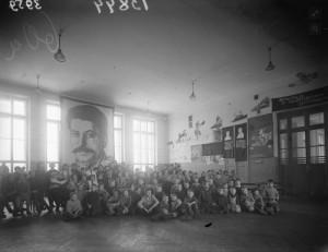 Дети одного из сиротских приютов СССР