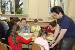 С детьми будут заниматься профессиональные педагоги