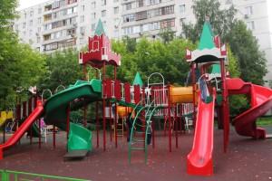 В Донском районе появятся новые игровые комплексы для детей