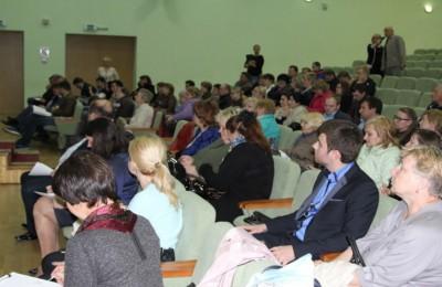 Жители регулярно задают свои вопросы на встречах с главой управы