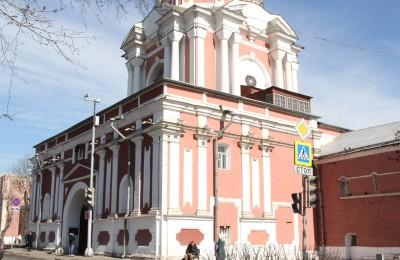 Кинолекторий для детей и взрослых организуют в Донском районе.