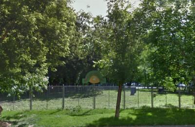 Площадка для выгула собак в Донском районе