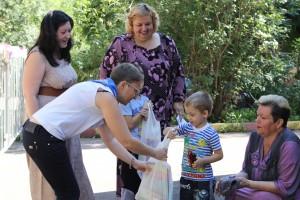 """Акция """"Семья помогает семье"""" в Донском районе"""