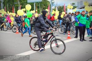Участники осеннего велопарада