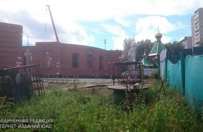 В Южном округе возводят несколько храмов