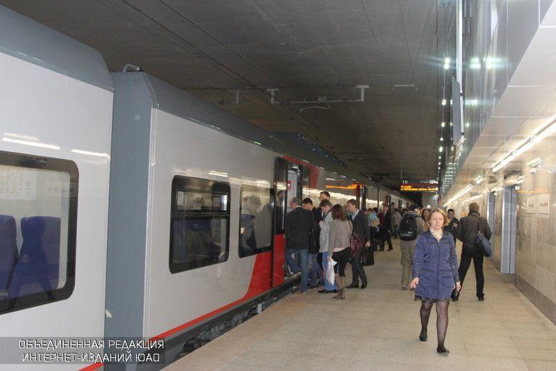 НаМосковском основном кольце пассажир попал под поезд