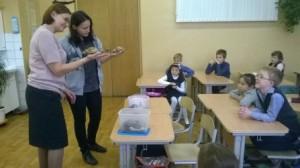 Детям показали необычных насекомых