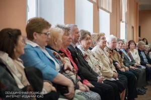 Почти 800 пенсионеров в Донском районе получают помощь на дому