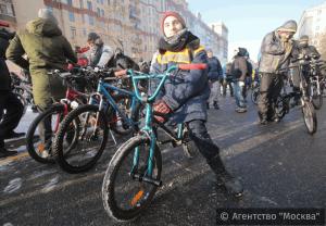 Второй зимний велопарад в Москве