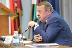 Жители ЮАО в марте смогут задать вопросы префекту Алексею Челышеву