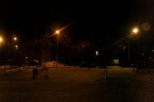 Восстановленное освещение во дворе на Севастопольском проспекте