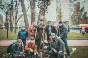 Жители Москвы примут участие в общегородских субботниках