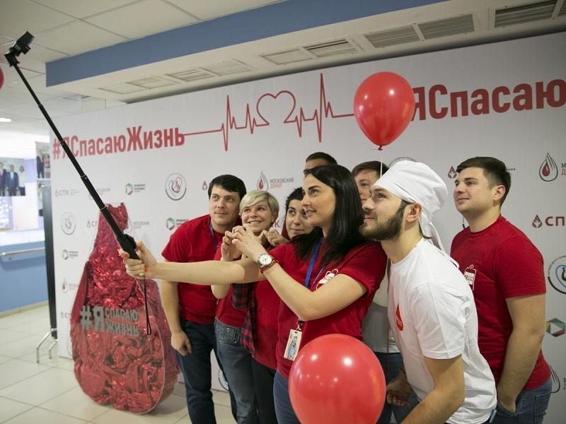 Молодые парламентарии Москвы на акции