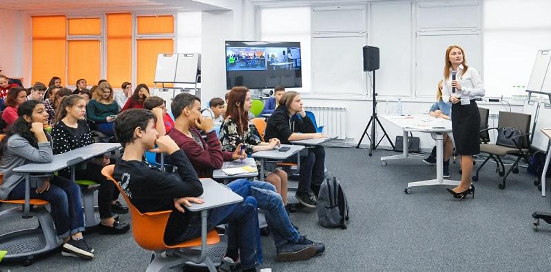 О профориентационных проектах поговорили на пресс-конференции в Департаменте образования