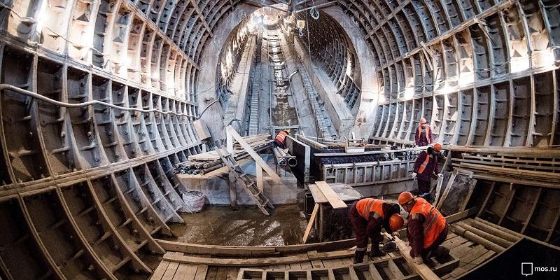Депутаты приняли участие в слушаниях по строительству метро