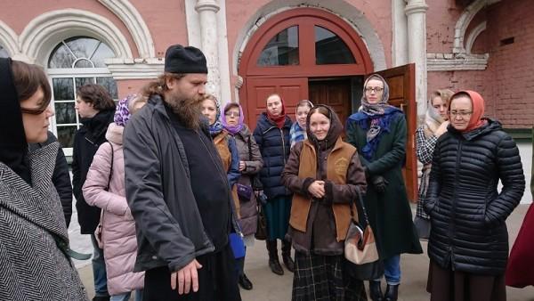 Социальный Центр Святителя Тихона школа общественного действия встреча