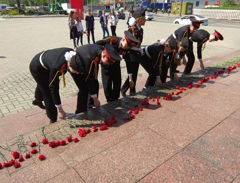 Депутаты приняли участие в памятных мероприятиях ко Дню Победы