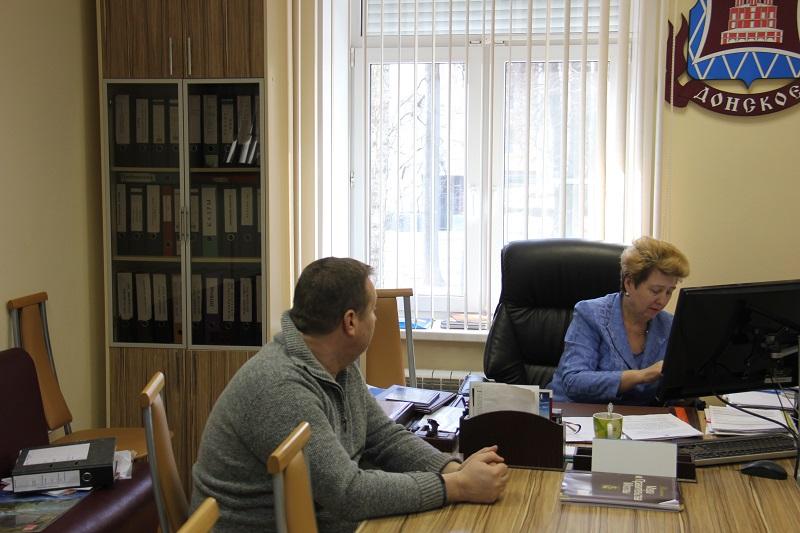 Татьяна Кабанова проводит работу по обращениям жителей