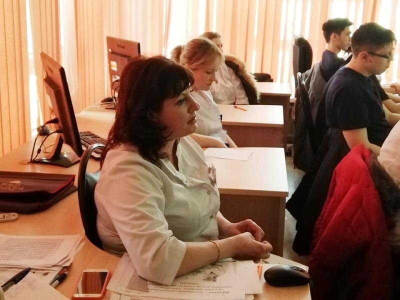 Первая Градская больница имени Пирогова, медсестра, коронавирус, ОРВИ, грипп,
