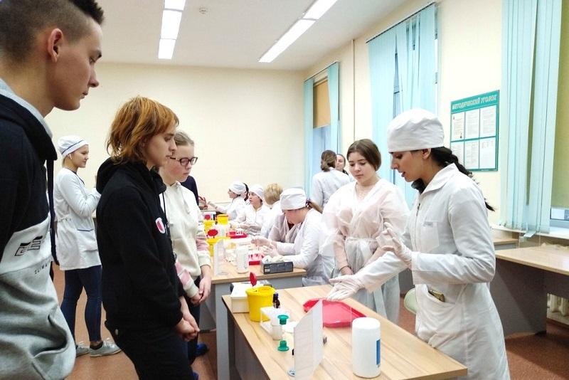 Медицинский колледж № 1, Георгий Светланов, день открытых дверей,