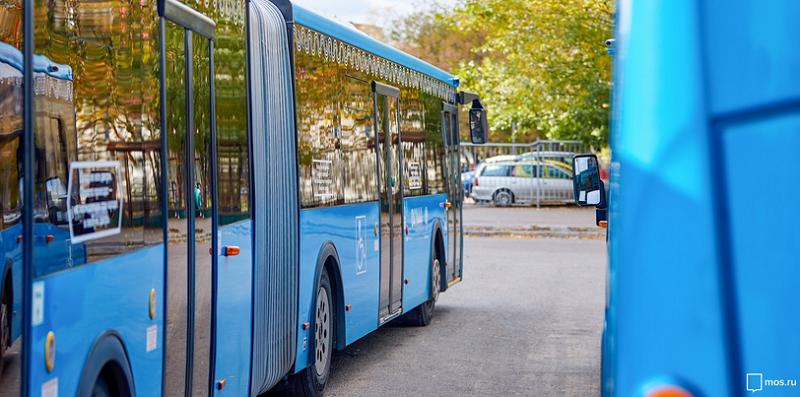 автобус-общественый-транспорт-мос-ру