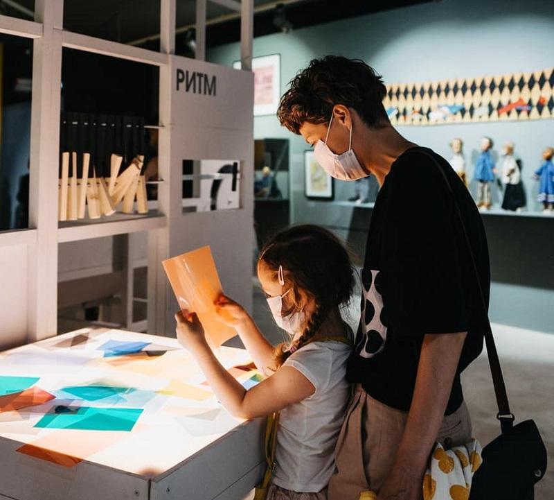 ребенок-выставка-дети-галерея-на-шаболовке-инста