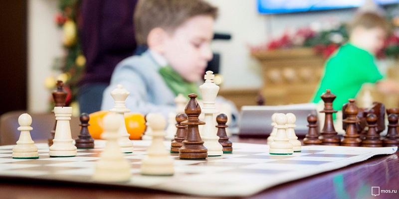 шахматы-ребенок-учеба-игра-мос-ру