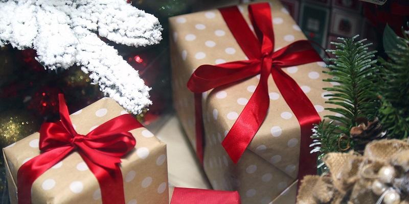 подарки-новый-год-праздник-мос-ру