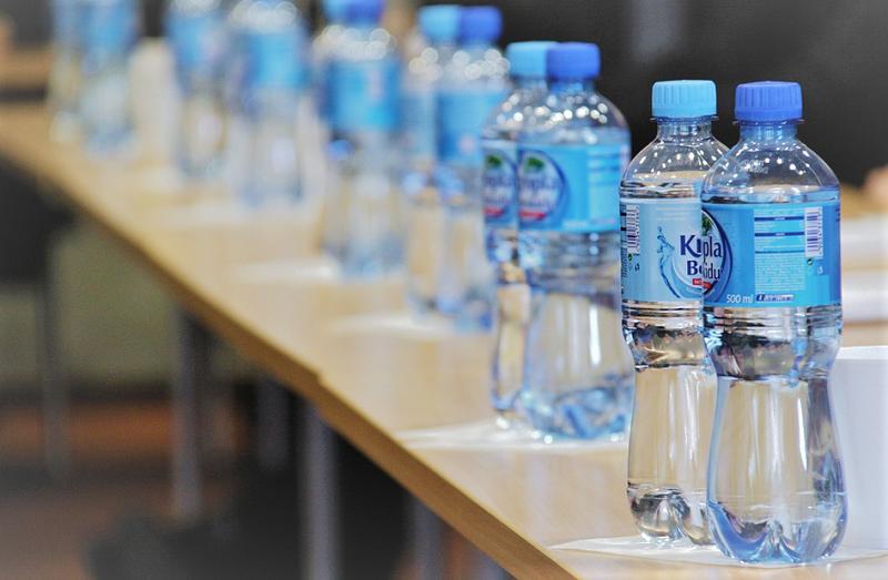 бутылки-воды пикс
